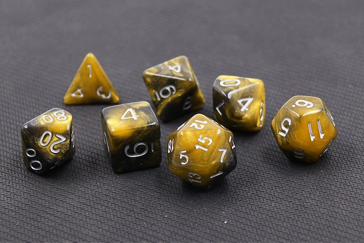 HD Dice Monarch Dice Sets